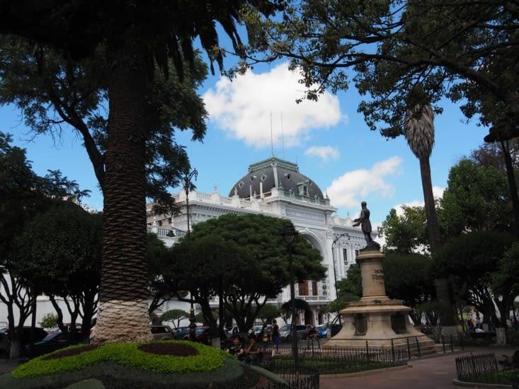 Le place centrale de la ville de Sucre