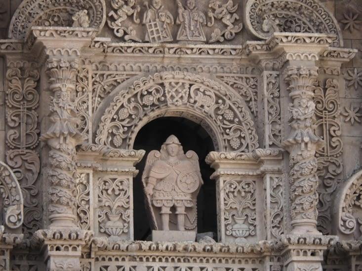 Les façades travaillées des églises de Potosi