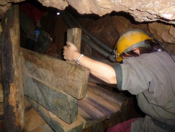 Les passages dans les mines sont parfois acrobatiques
