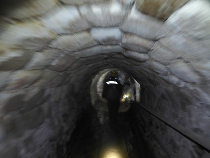 Un des nombreux tunnels de la mine