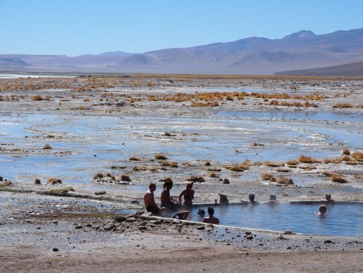 les sources d'eau chaude de la Kollpa laguna