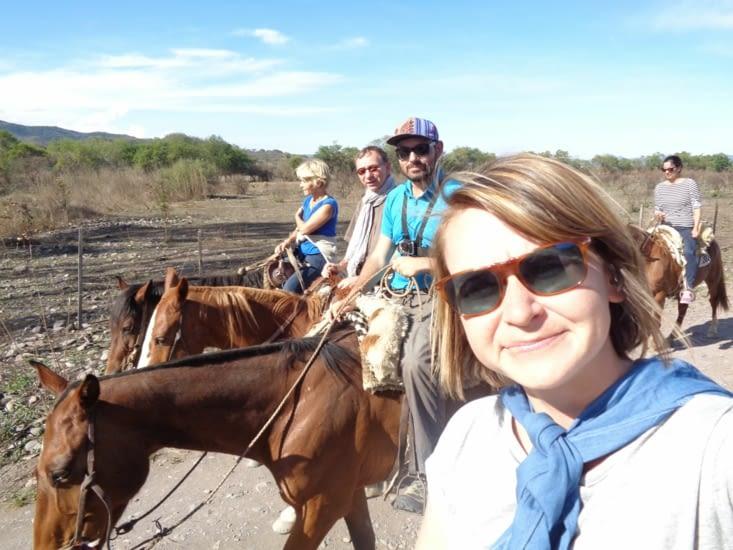 Les 4 cavaliers en parade autour de Salta