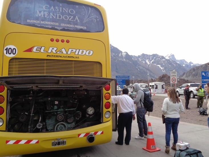 Panne de bus à la frontière chilienne