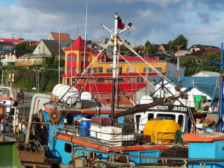 Les bateaux de pêche du port d'Ancud