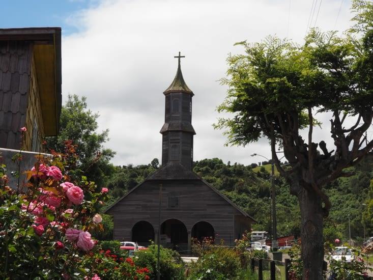 L'église du village rural de San Juan