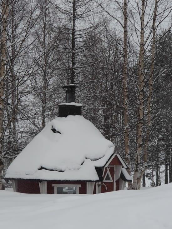 Une maison traditionnelle lapone