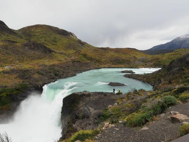 Une cascade du Parc National Torres del Paine