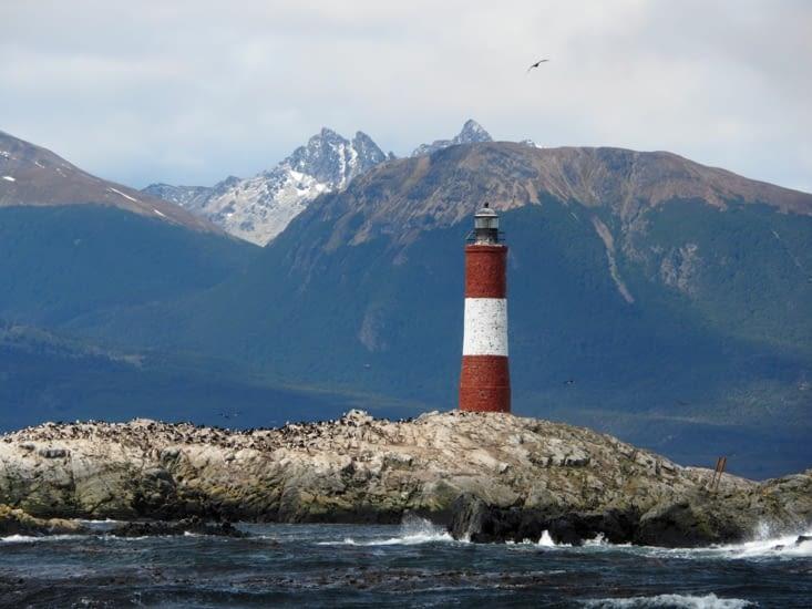 """Le phare """"les Eclaireurs"""" de la baie d'Ushuaia"""