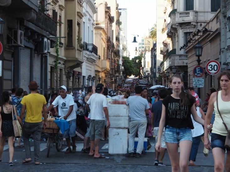 Le marché dominicale de San Telmo