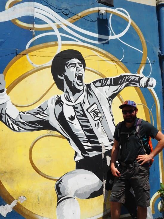 Rencontre entre Ronron et Maradona