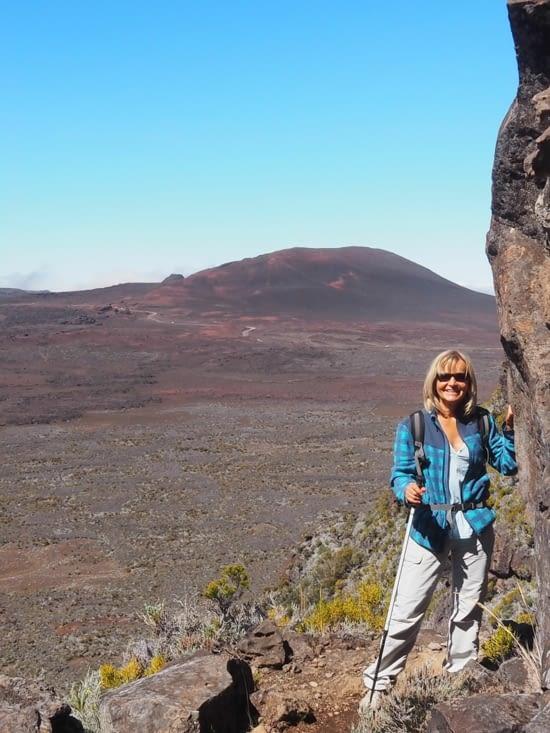 Sylvie a le vertige au dessus de la plaine des sables