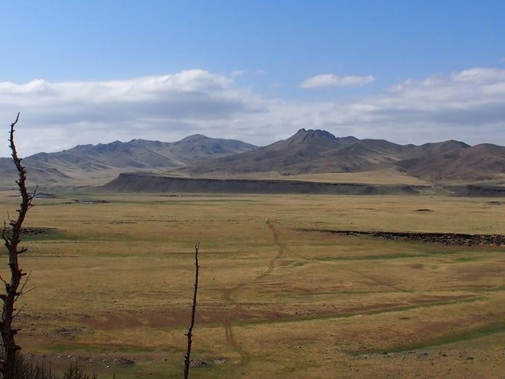 Immensité des steppes sur les bords de l'Orkhon