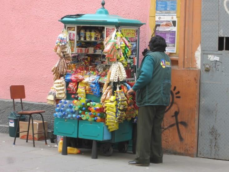 Des marchands sont présents à chaque coin de rue