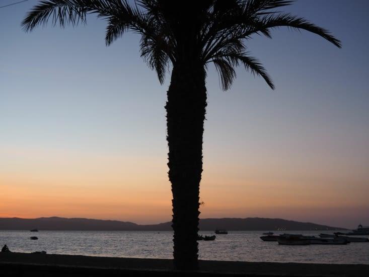 Coucher de soleil à notre arrivée à Paracas