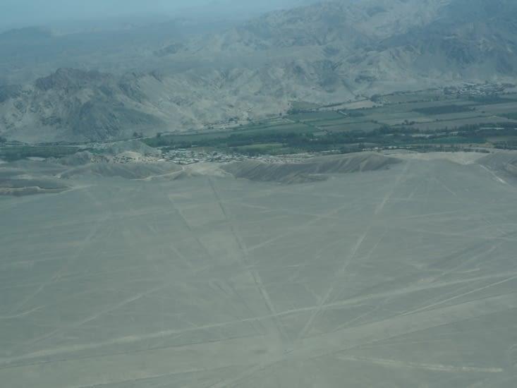 Un des nombreux points d'intersection des lignes de Nazca