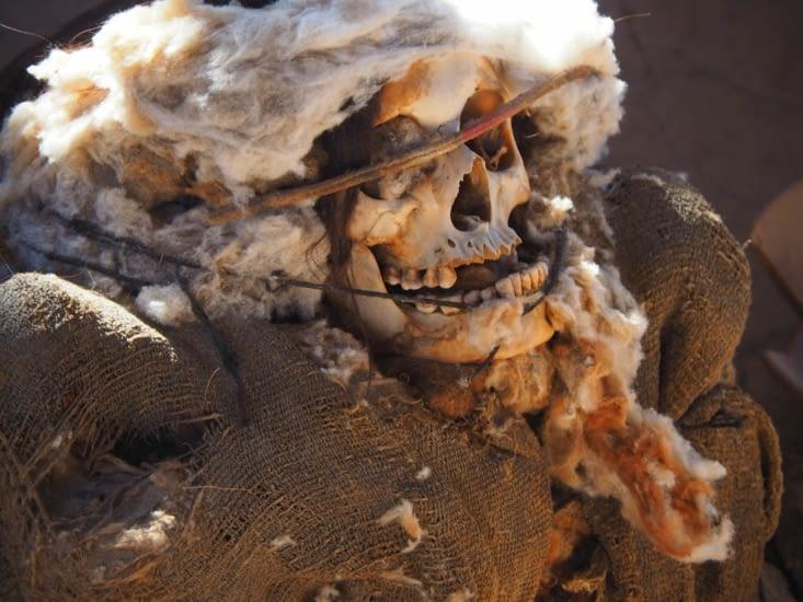 Une momie retrouvée dans le cimetière de Chauchilla - Nazca - Pérou