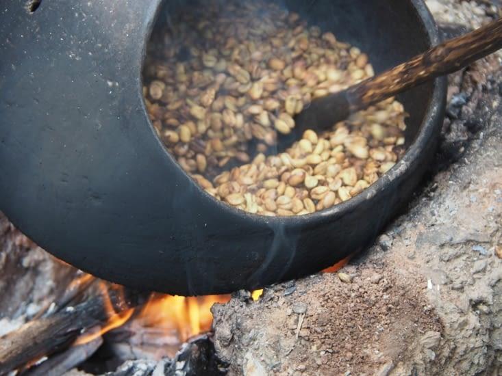 Torréfaction de grains de café frais