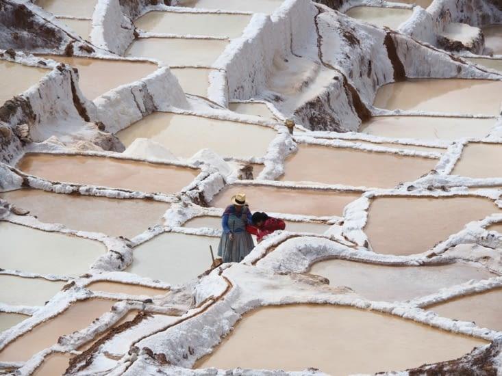 Des familles travaillent encore sur les bassins de Las Salinas