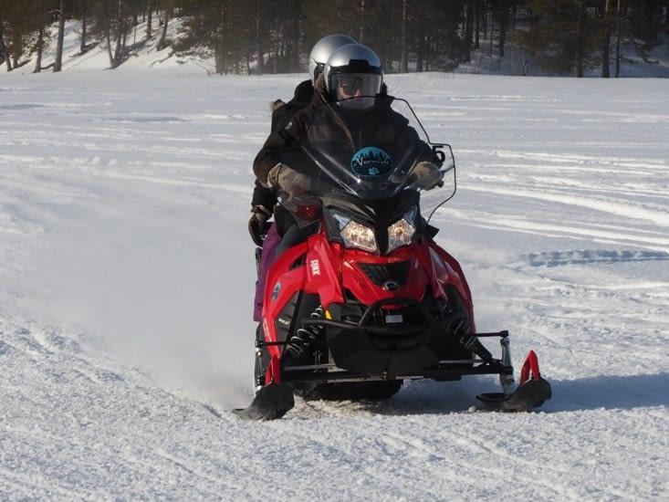 Dernière accélération pour Ronron sur le lac gelé
