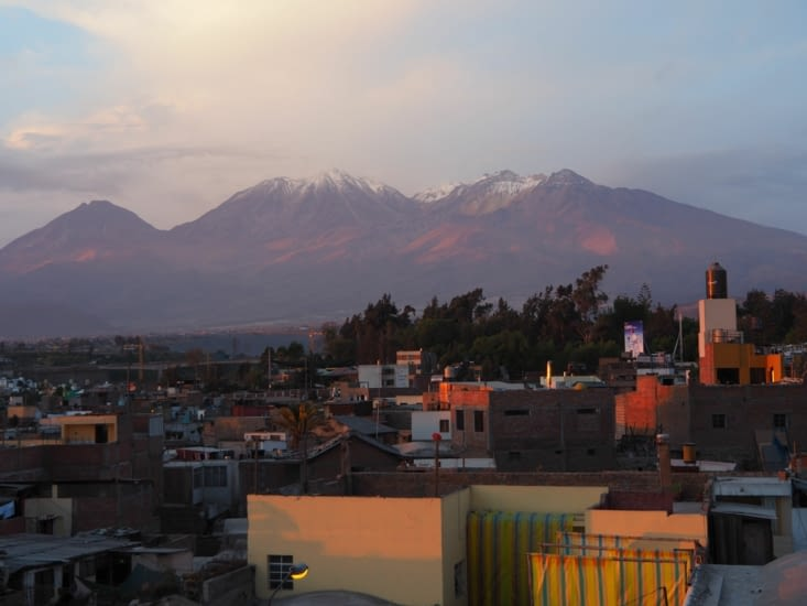 Le volcan Chachani qui surplombe Arequipa