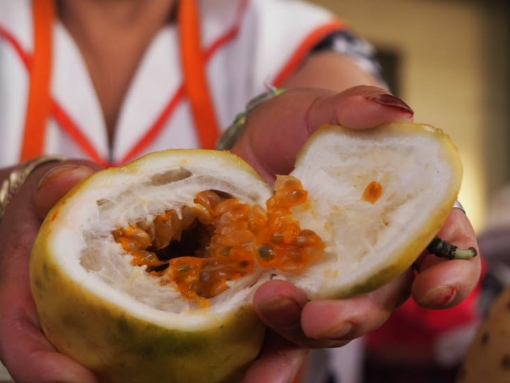 Maracuya, un fruit que l'on boit en jus dans les marché Péruviens