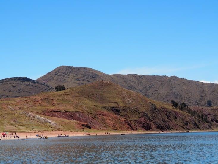La plage à proximité du port de Chiffron