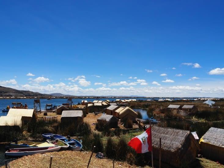 Les iles flottantes, proches de Puno