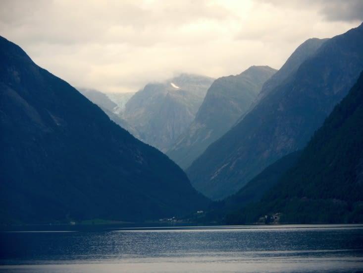Un glacier au dessus de Balestrand