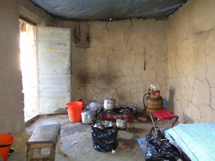 La spartiate cuisine de notre campement