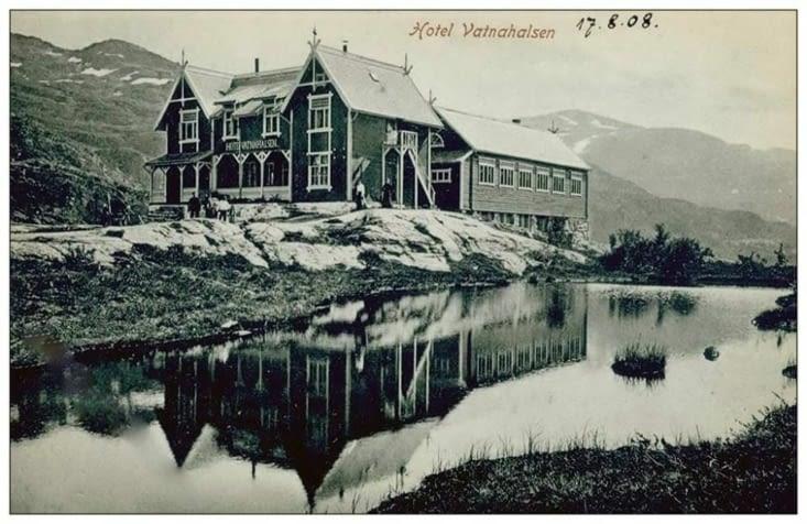 Carte postale du Vatnahalsen en 1908