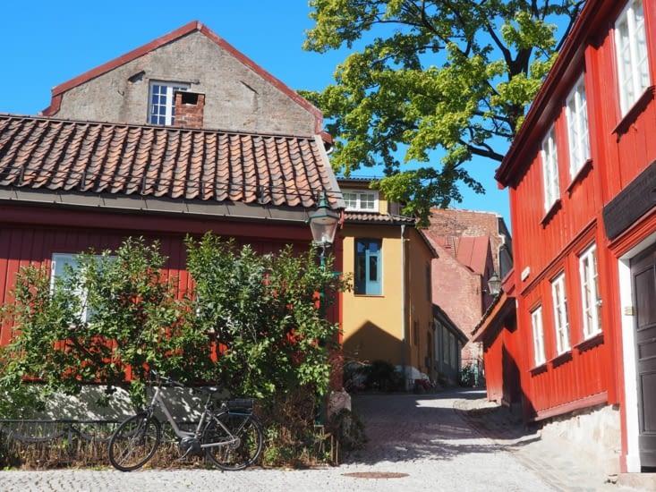 Dans les rues d'Oslo en direction du parc Vigeland