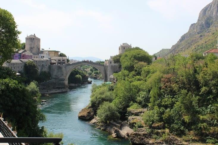 """le """"stari most"""" - vieux pont - vu depuis un autre pont"""