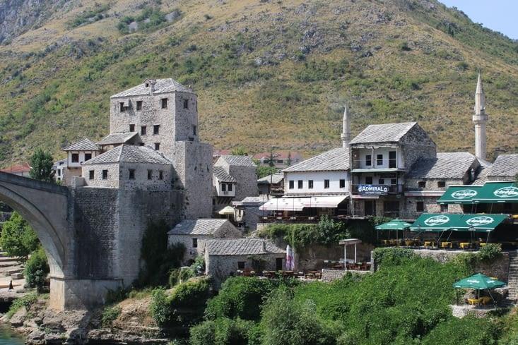 """Quartier côté Est du """"Stari Most"""""""
