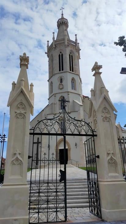 En partant nous avons vu une dernière chapelle, la chapelle Saint Jacques