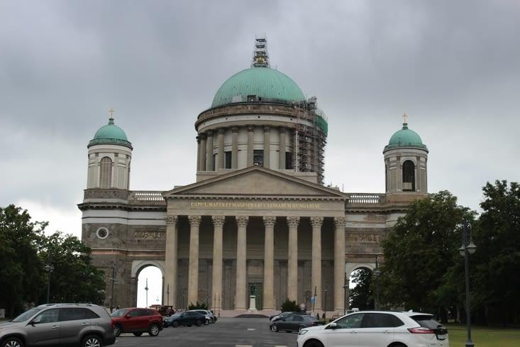 La magnigique cathédrale Saint Adalbert