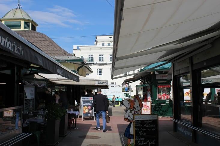 """Marché permanent """"Naschmarkt"""""""