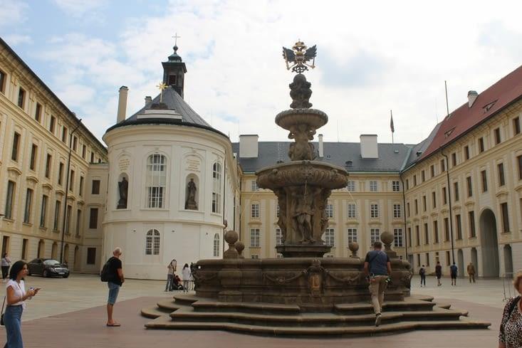 La Fontaine Kohl à l'interieur du château