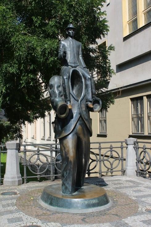 Statue en l'honneur de Franz Kafka