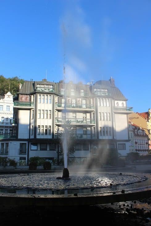 Une des sources thermales de la ville, en libre accès