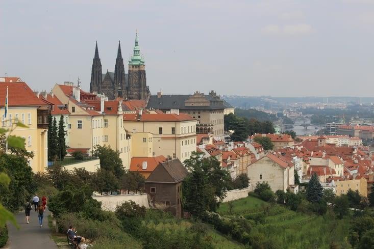 Vue sur le château et la ville