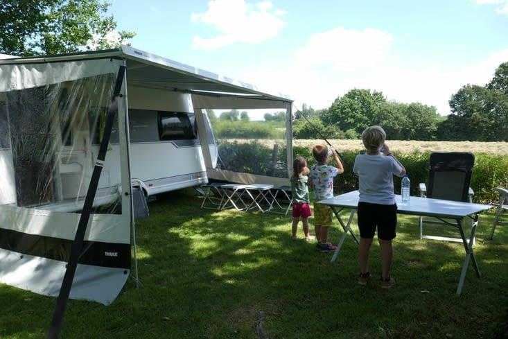 Premiers contacts avec la notion de camping