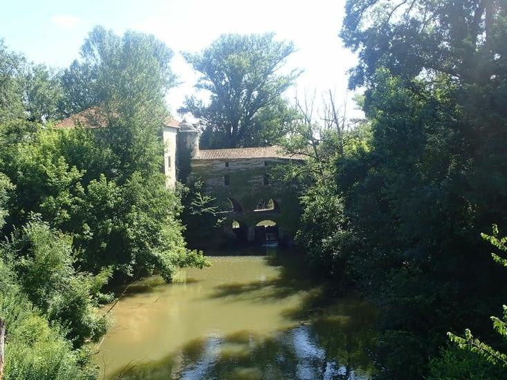 Le beau moulin de Loubens.