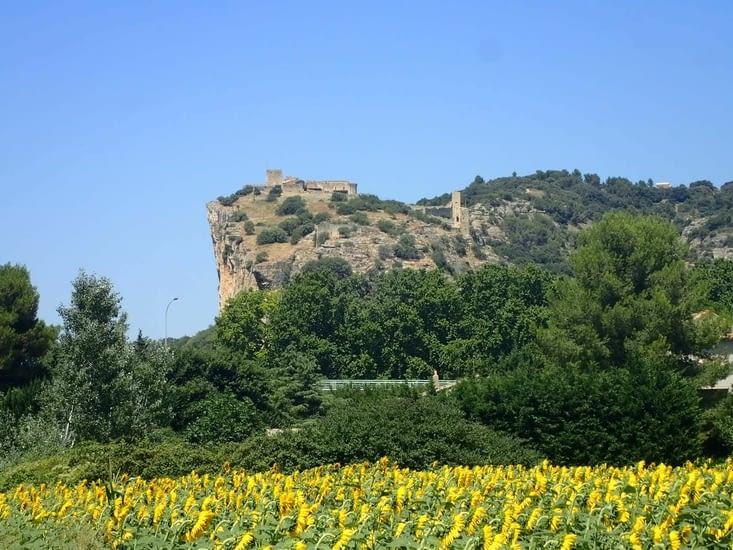 La forteresse de Mornas.