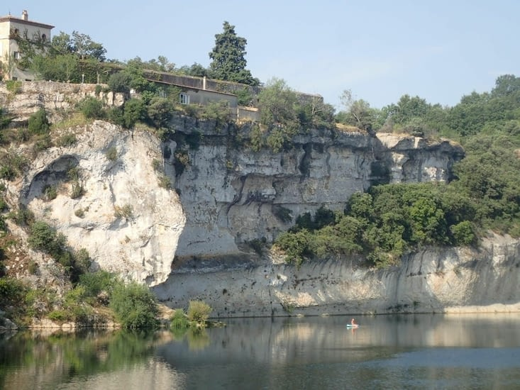 Les Gorges de l'Ardèche s'annoncent.