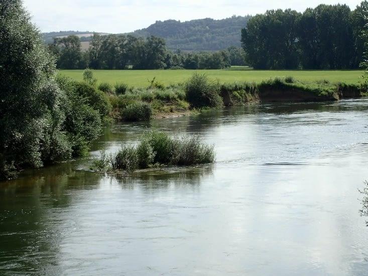 .La voilà,  la Meuse., encore bien jeune et fluette.