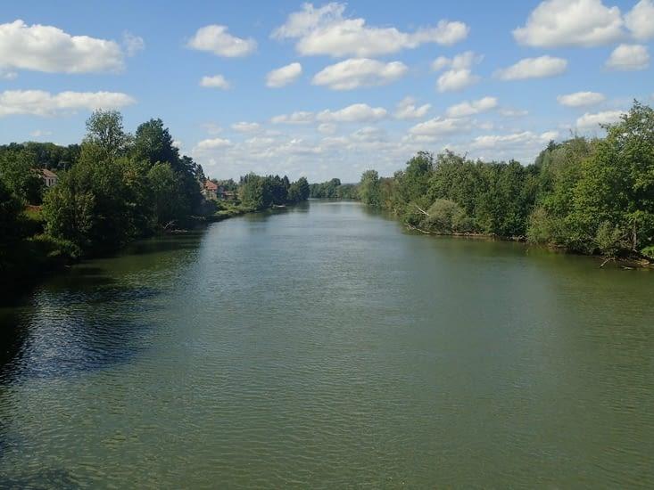 La Meuse à Charleville-Mézières.
