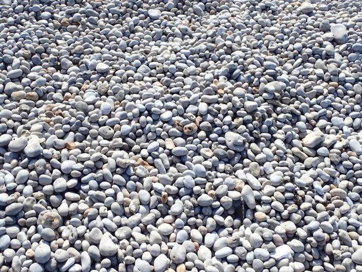Et les célèbres galets de la plage.