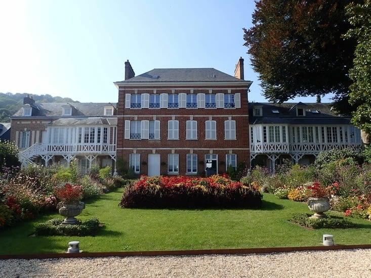 Le jardin du musée Victor Hugo.