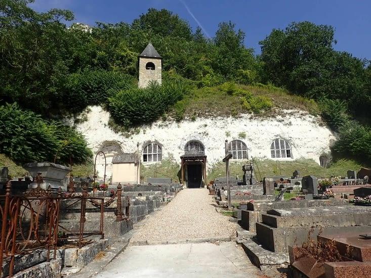 L'église troglodyte de l'Annonciation à Haute-Isle.