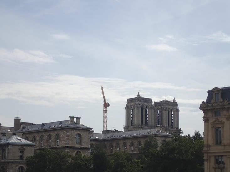La cathédrale Notre-Dame sans sa tour.